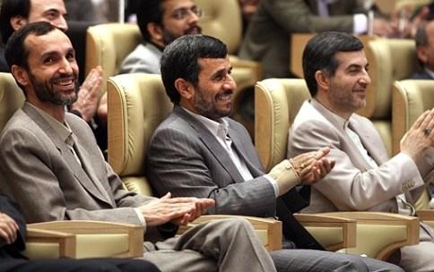 تهدید پخش نوار باند احمدی نژاد