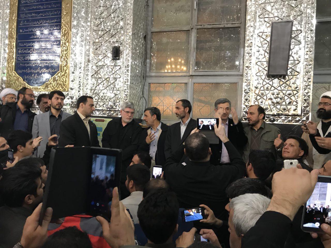 حمله به هوادارن رئیس جمهور سابق, احمدی نژاد درآرامگاه شاه عبدالعظیم