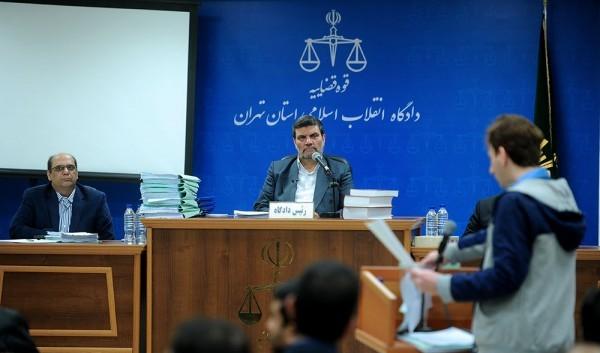 فساد مالی و اخلاقی قاضی صلواتی و احمدزاده به کمک صادق لاریجانی