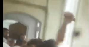 ویدیو حمله خشونت آمیز محافظان امام جمعه بروجرد با منتقدان